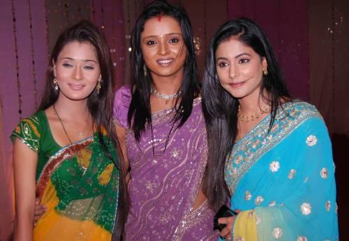 Anbale Alagana Veedu Serial In Hindi