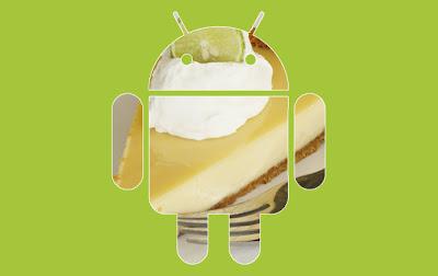 Google lanzó hace unas pocas semanas su nueva versión Android 4.2 pero ya se ha comenzado a hablar de la próxima iteración Android 5.0. Hasta ahora se creía que el nombre elegido sería Key Lime Pie y hace unas horas un empleado de Google lo ha confirmado a través de un dibujo. Manu Cornet, empleado de Google, acaba de publicar en su cuenta de Google+ un dibujo sobre la evolución de las diferentes versiones de Android que tiene como último droid a nuestro querido robitito verde comiendo un pastel de lima. El dibujo se asemeja a los dibujos que muestran