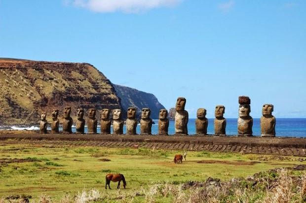 http://bi.gazeta.pl/im/aa/d5/e0/z14734762Q,Wyspa-Wielkanocna---Rapa-Nui.jpg