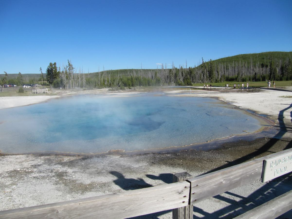 Rainbow pool, black sand basin, Yellowstone