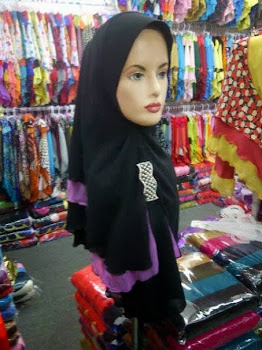 TUDUNG CHIFFON 3 LAYER SIZE XL WITH BROOCH