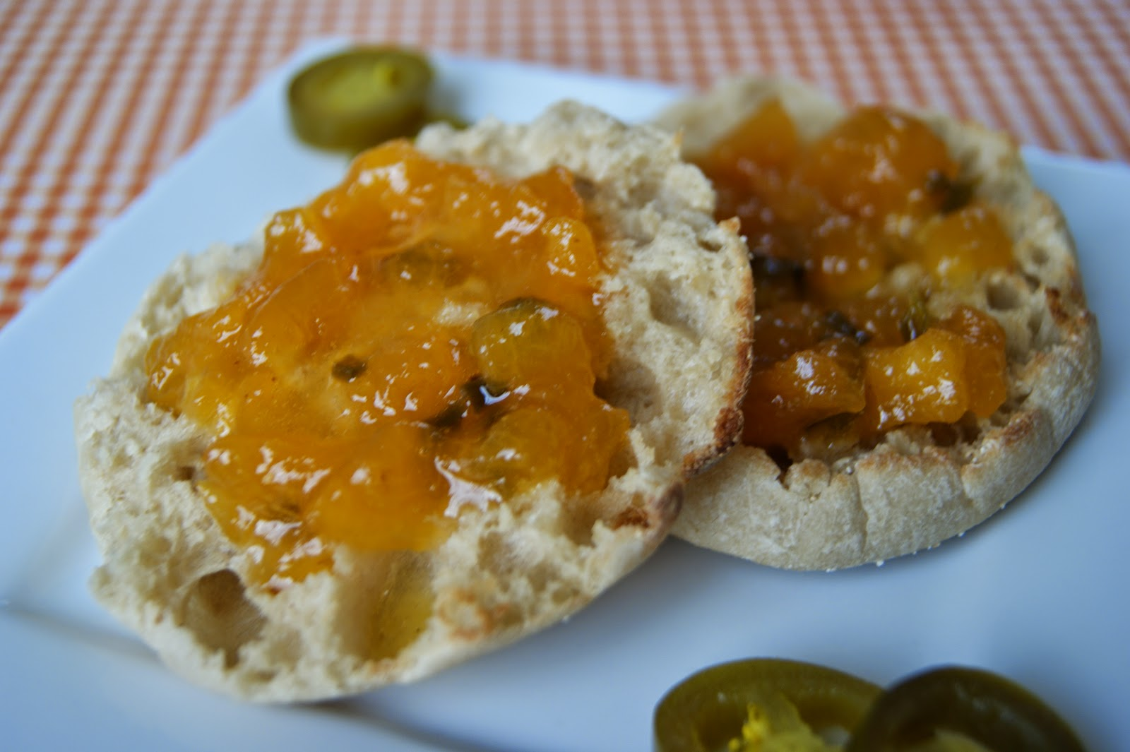 Peach Jalapeno Jam {contributor Mellisa} - This Silly Girl's Kitchen