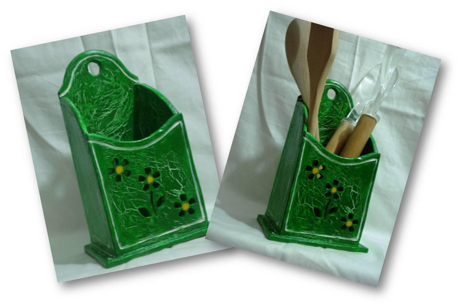 Artesan as luis porta cucharas verde for Porta cucharas cocina