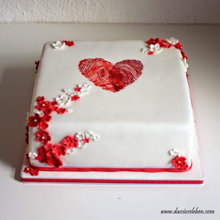 Rezept Hochzeitstorte Mit Einem Herz Aus Fingerabdrucken Das Susse