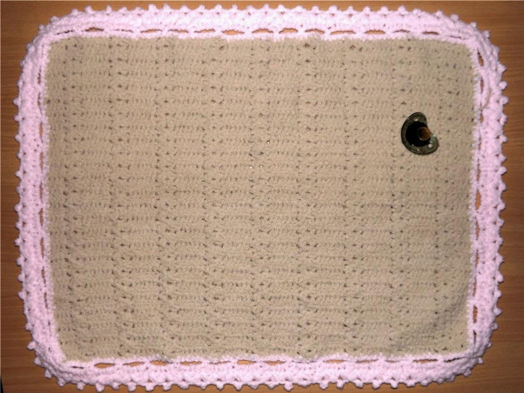 Manta tejida a crochet  para bebé