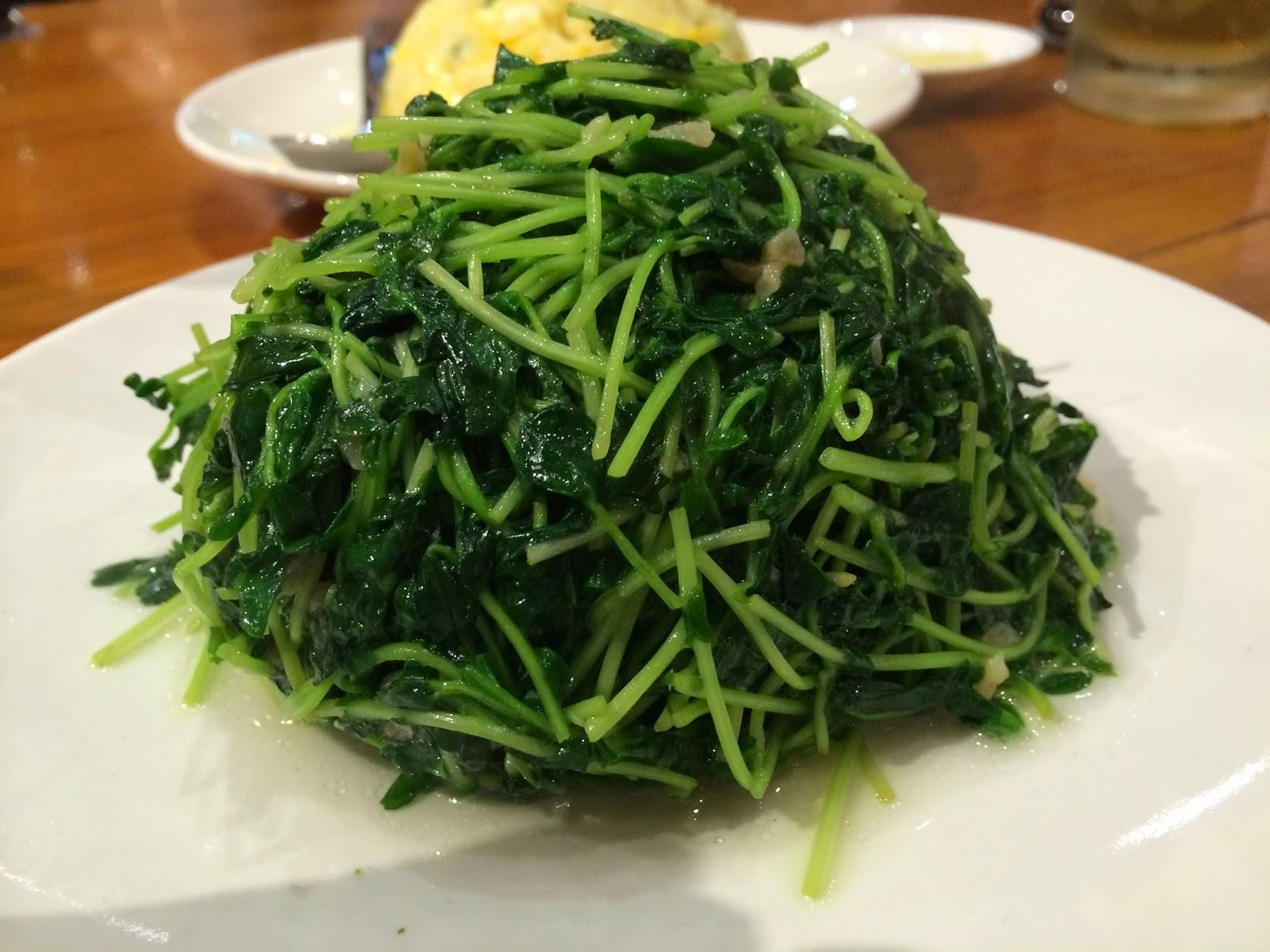 Greens with garlic at Din Tai Fung