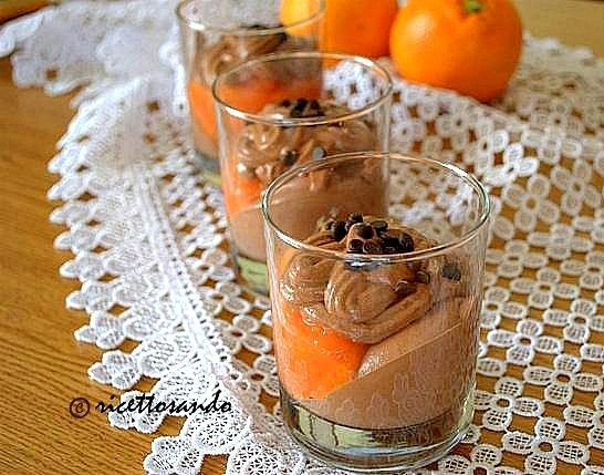 Dessert cioccoarancia ricetta dolce frutta e cioccolato in comodi tumbler
