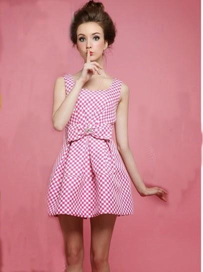 http://www.sheinside.com/Red-White-Sleeveless-Plaid-Bow-Dress-p-193917-cat-1727.html?aff_id=2547