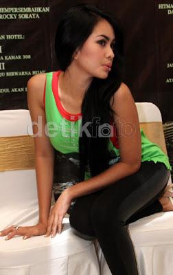 "Response to ""Foto Hot Kartika Putri Terbaru 2013"""