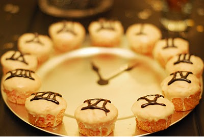 Edible New Year Clock Craft