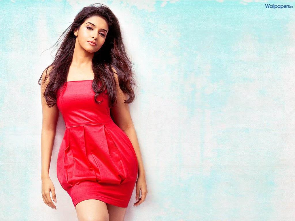 photo of deshi exclusive girl: >>asin thottumkal