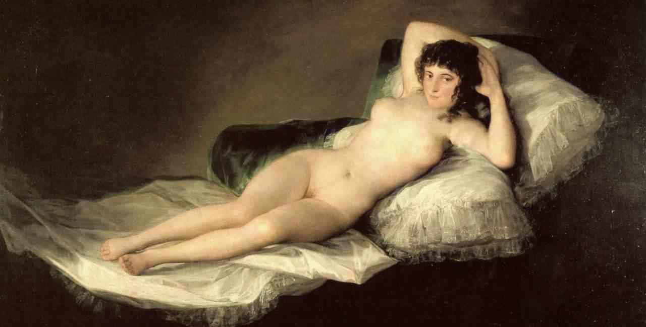 mujer desnuda peru: