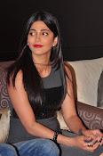 Shruti haasan new glamorous photos-thumbnail-15