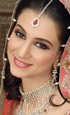 Pakistani+eyes+makeup+video