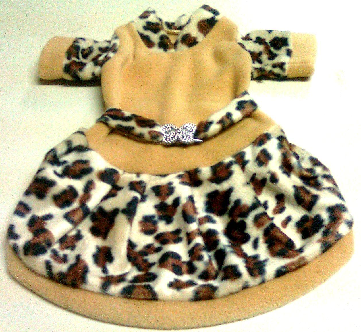http://3.bp.blogspot.com/-Atg3zuk_tDc/TinkMsqZXhI/AAAAAAAAAjA/ny6FJEiVOhg/s1600/vestido%2Btigrado%2Bpel%25C3%25ADcia.jpg