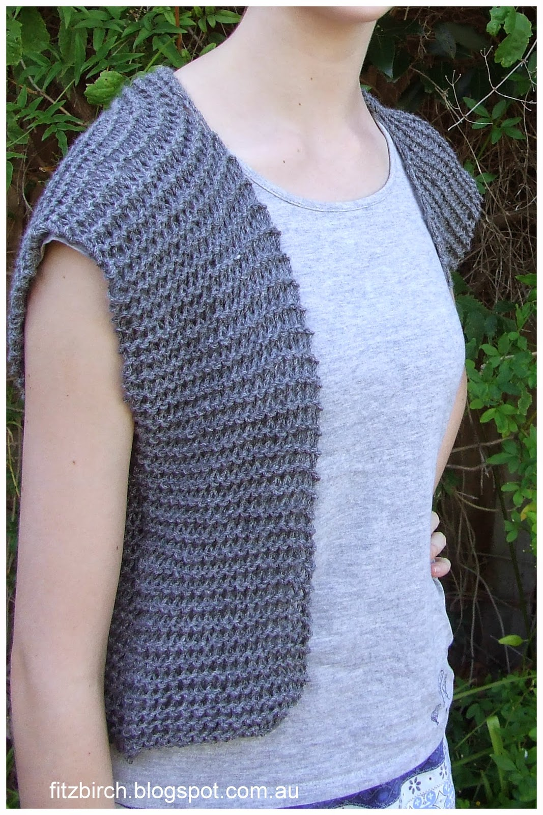 Knitting Patterns For Beginners Garter Stitch : FitzBirch Crafts: Garter Stitch Beginner Vest