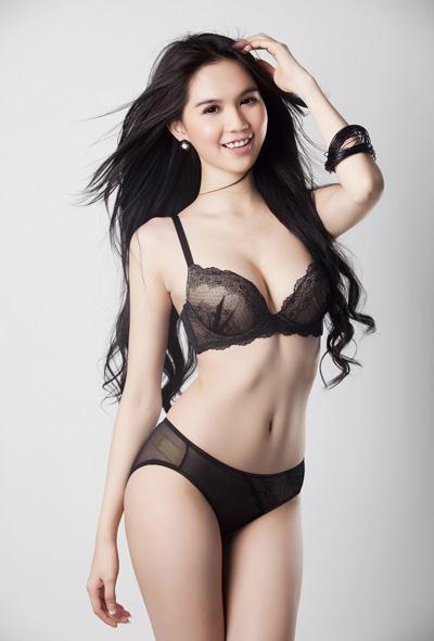 Anh dep Ngoc Trinh mac bikini nong bong - anh bikini Ngoc Trinh dep nhat