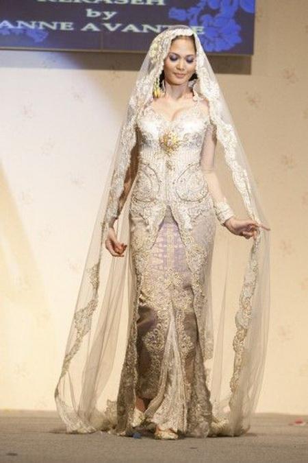 Anne Avantie Kebaya Muslim Modern