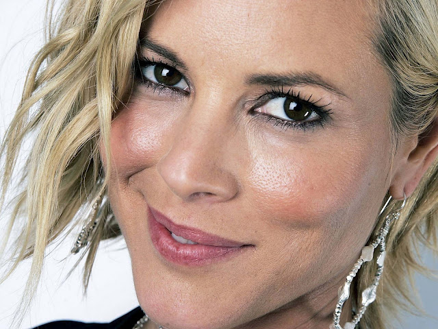 Maria Bello Biography and Photos 2011