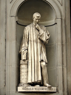 Niccolo' Macchiavelli statue, Piazzale degli Uffizi, Florence
