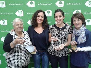 Foto de Inma Espizua junto a las ganadoras de los premios de Bijou Brigitte: Dioni Alfonso, Jaione López de Echezarreta y Leire Jiménez