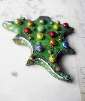 Check out my Christmas tree pin tutorial at Michaels!