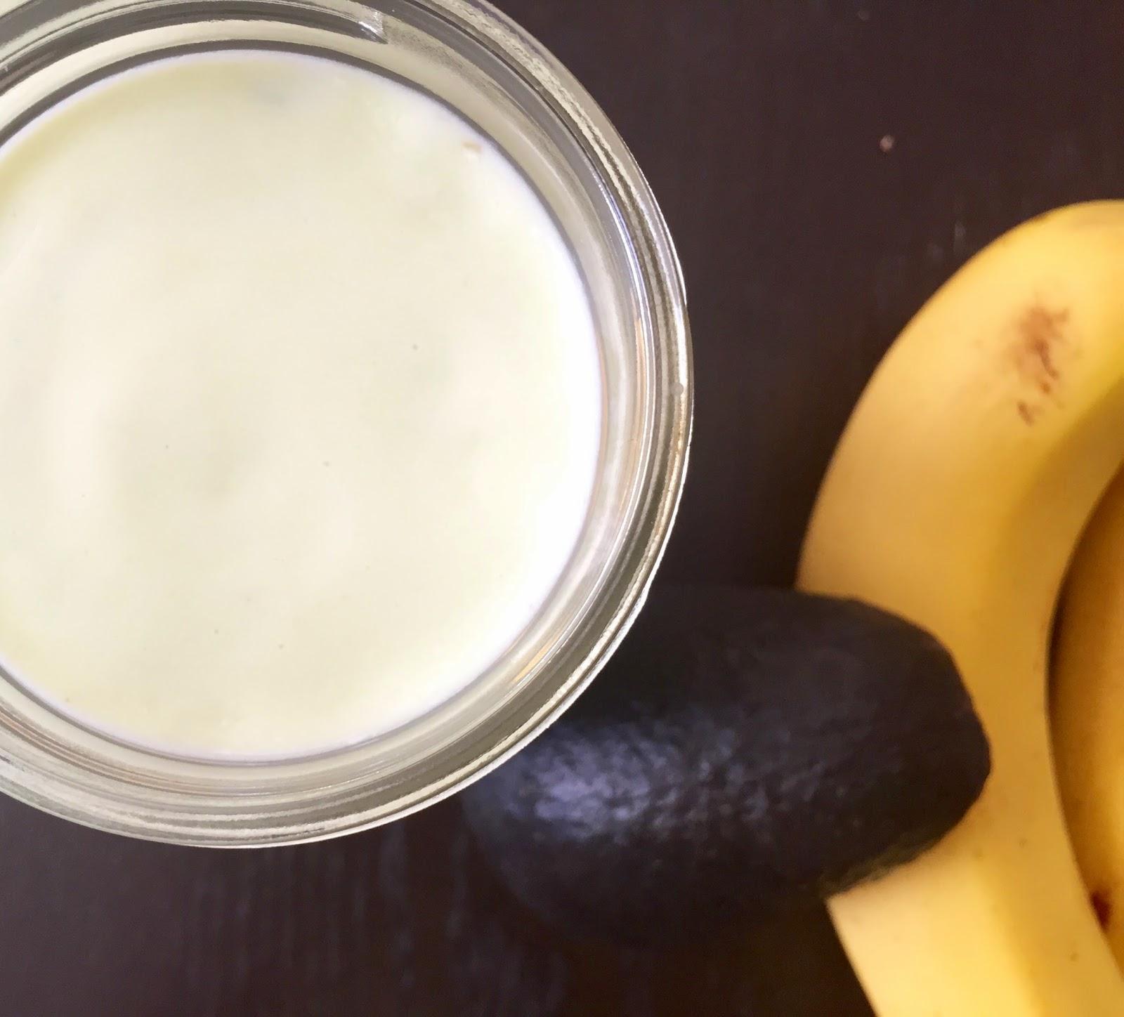 how to make banana avacado smoothie