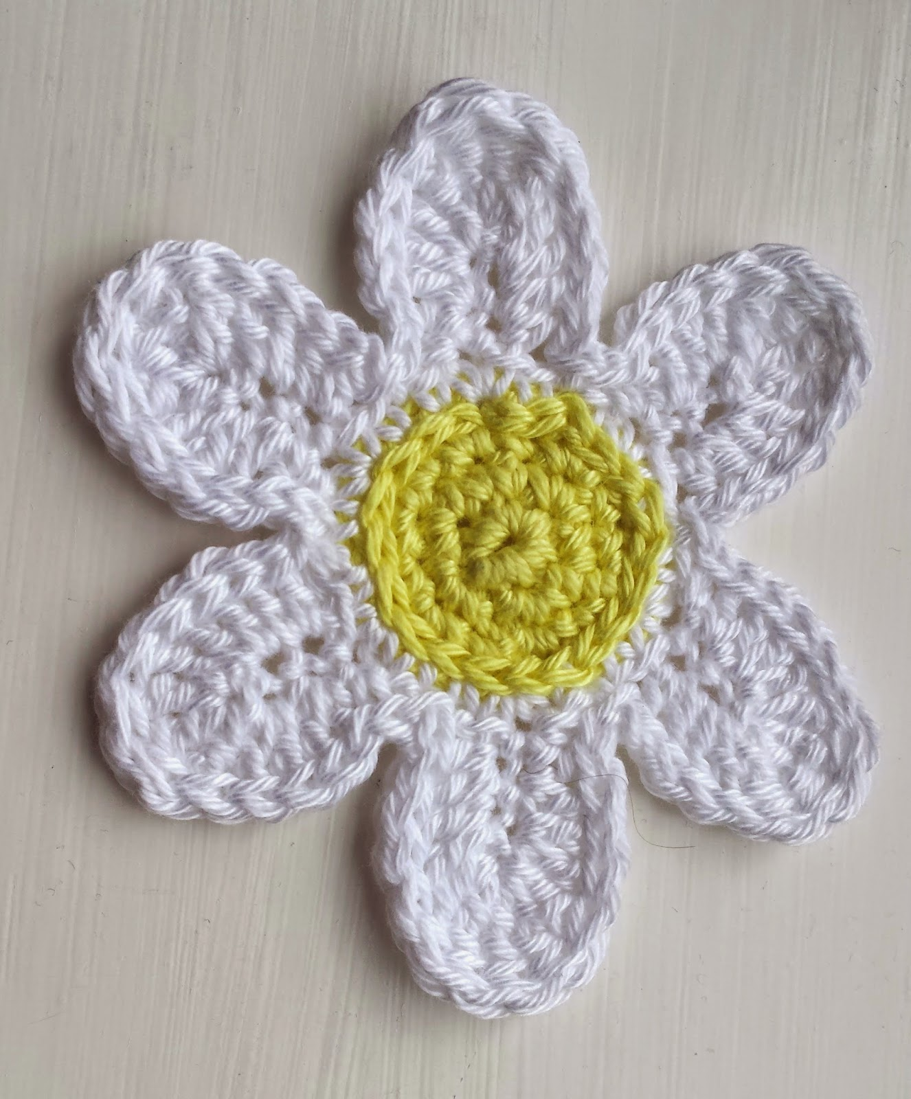Craigloves2crochet How To Crochet A Trio Of Daisies