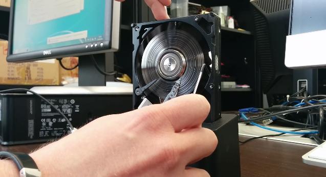 Como destruir o conteúdo de um disco rígido em 20 segundos