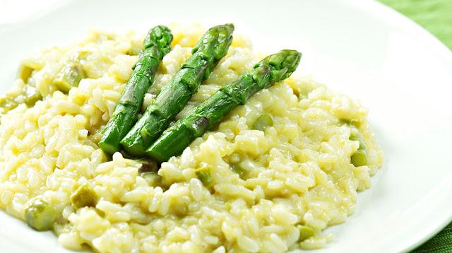 risotto agli asparagi, ricette con asparagi, asparagi