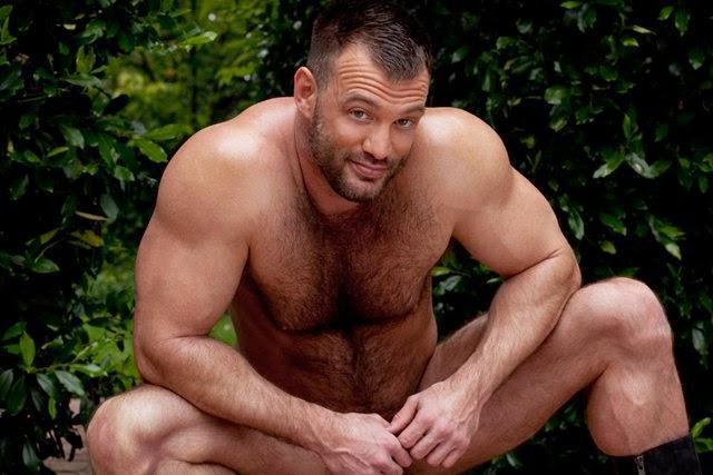 накаченные голые мужики гей фото