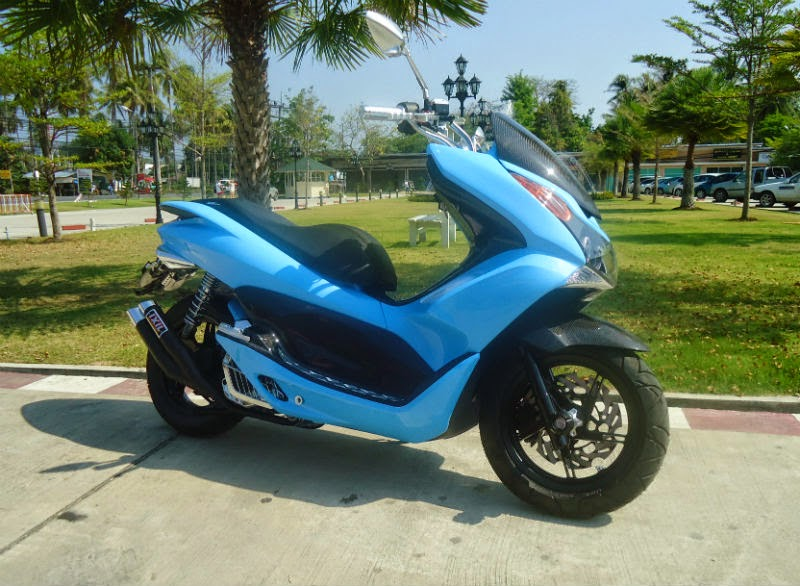 Modifikasi Honda PCX 125 Biru