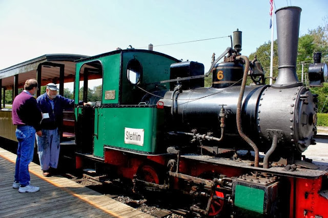 Boothbay Railway Museum narrow gauge train