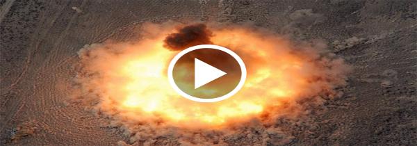 """VÍDEO: Extra - EE.UU. acaba de lanzar por primera vez la """"Bomba no nuclear"""" más poderoza del mundo"""