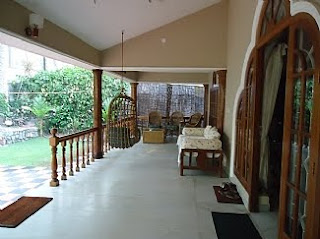Carpenter work ideas and kerala style wooden decor kerala for Sitout design ideas