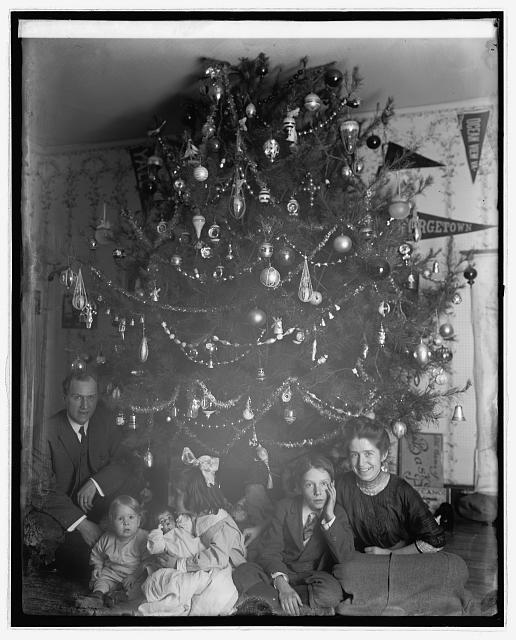 1920s Christmas | Old time christmas, Vintage christmas