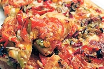 Sebzeli ev pizzası tarifi