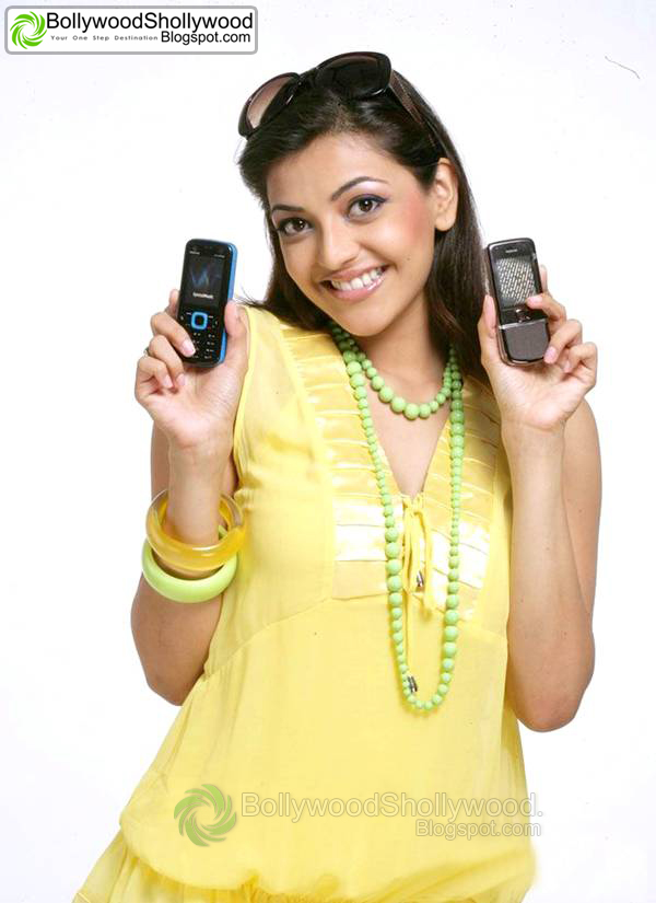 Kajal Agarwal Motorola Pic1 - Kajal Agarwal Promoting Motorola Phones
