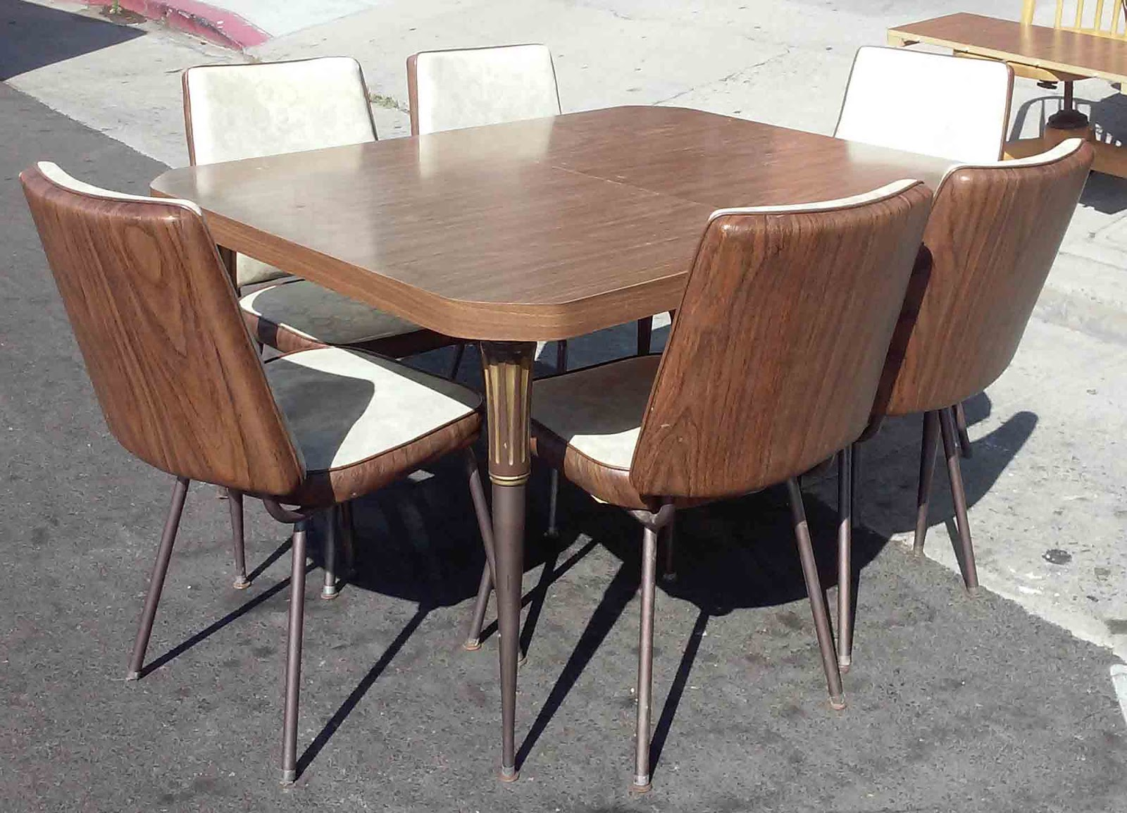 UHURU FURNITURE COLLECTIBLES SOLD REDUCED 70s Vintage