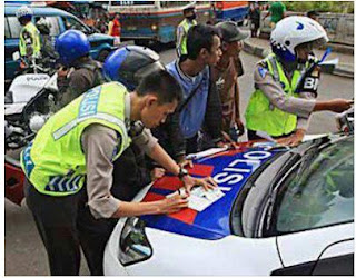 Cerita Tentang Ditilang Polisi