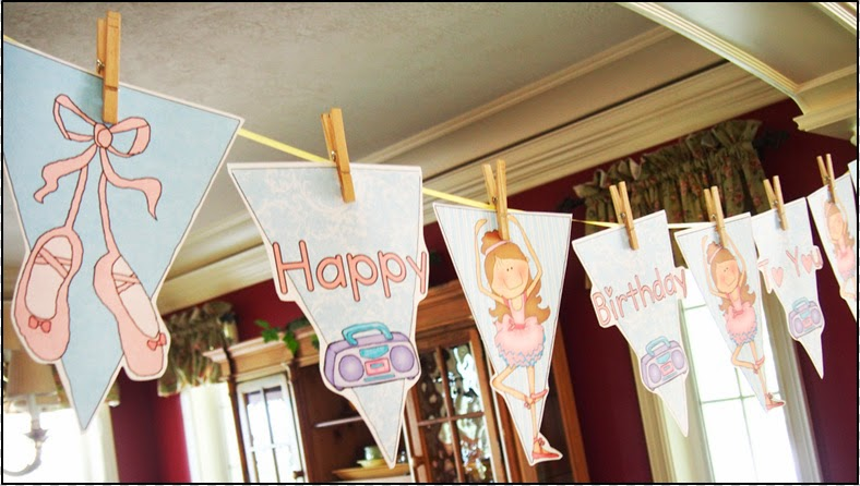 Funny Ballerina: Free Printable Bunting.