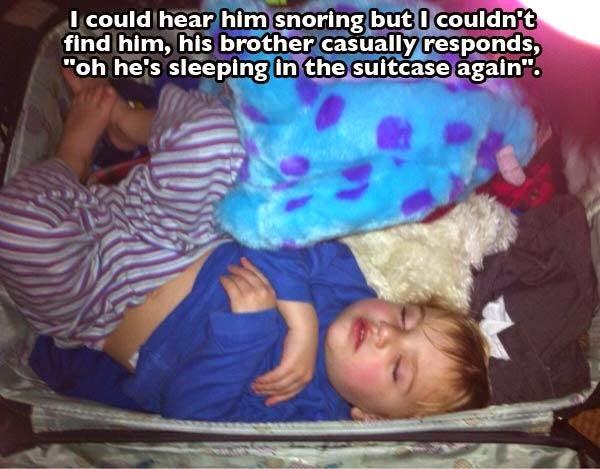 عندما تهجم القيلولة ما عليك سوى النوم في أي مكان