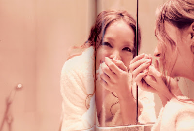 "Namie Amuro >>  mini-álbum ""Naked"" - Página 4 Tourbook33"