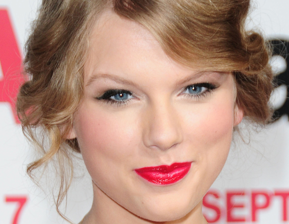 how to make taylor swift in d & d