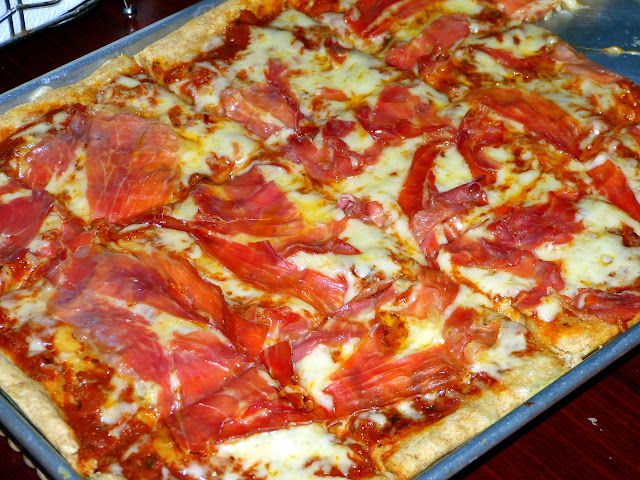 Jamon Serrano & Queso Manchego Pizza Recipe