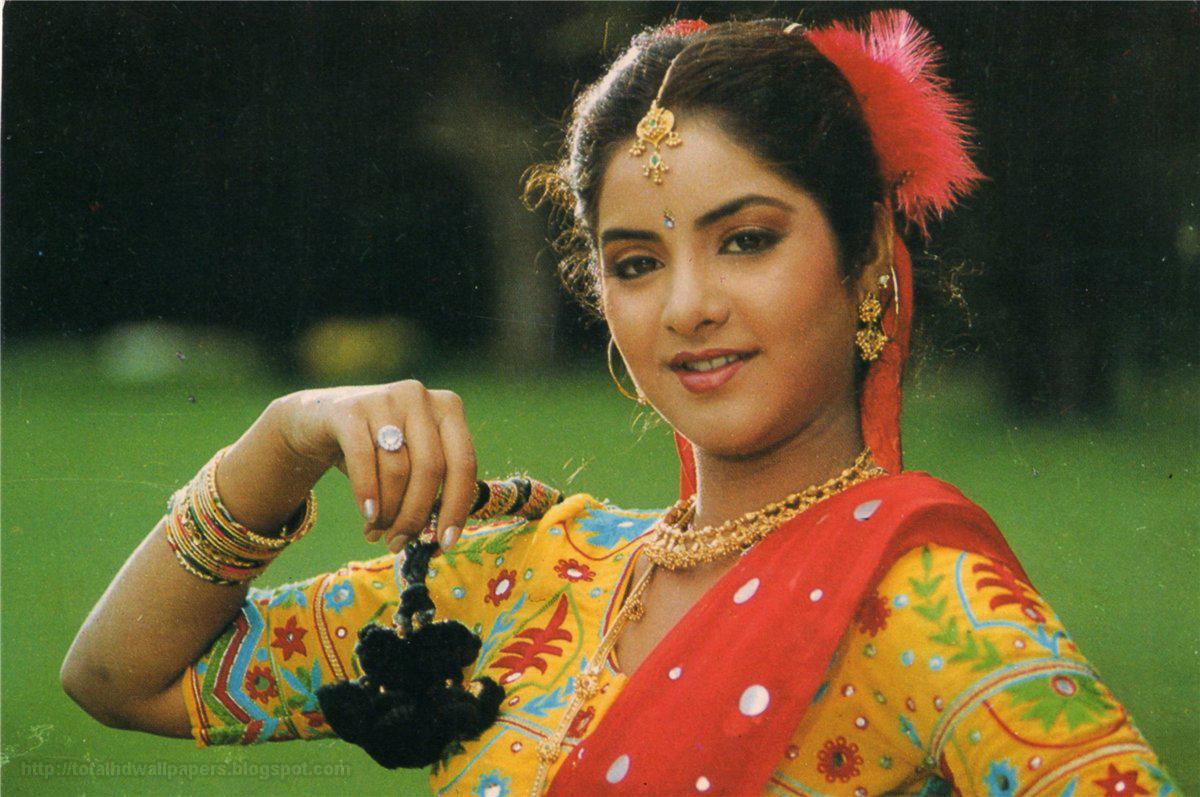 Divya Bharti Photo
