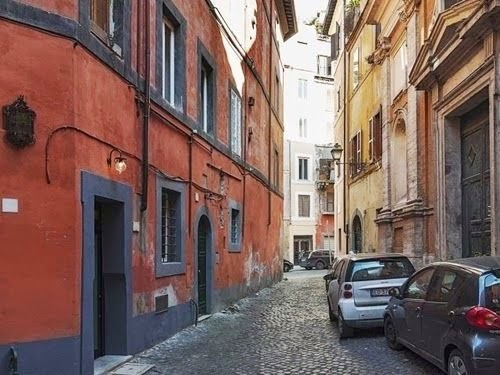 02-Smallest-House-in-Italy-7m2-Small-Homes-Offices-&-Other-www-designstack-co