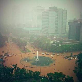 Banjir Mengepung Jakarta: Manfaat Positif dari Banjir Jakarta