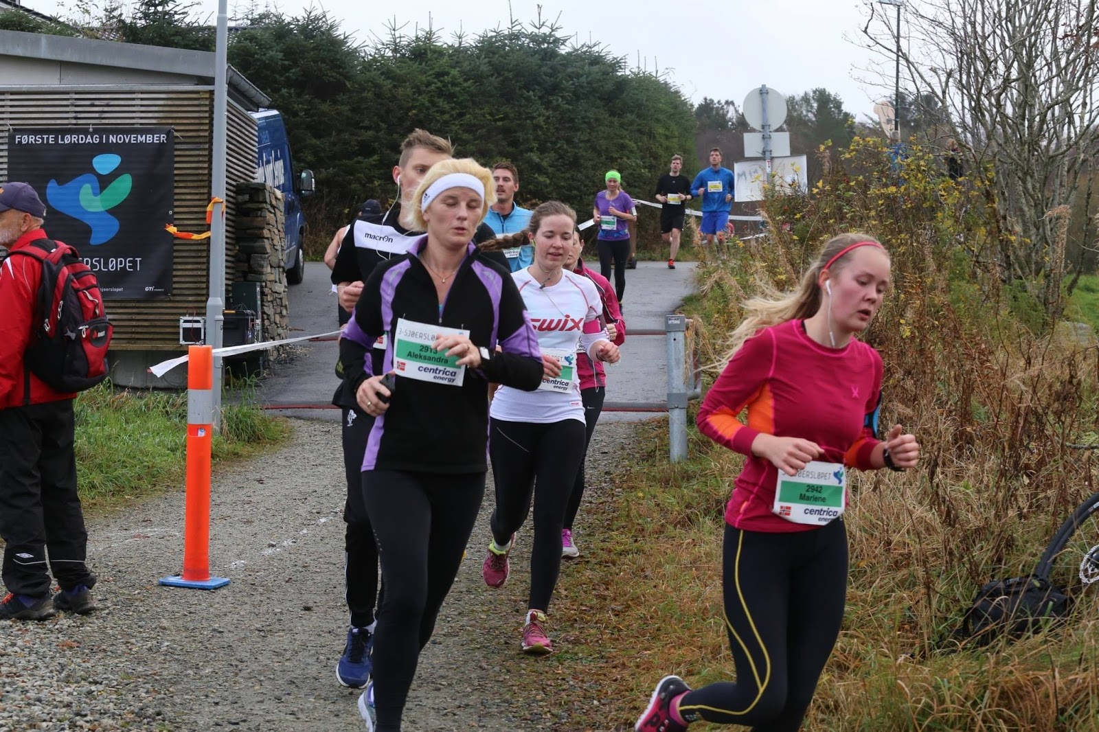 løpe etter styrketrening