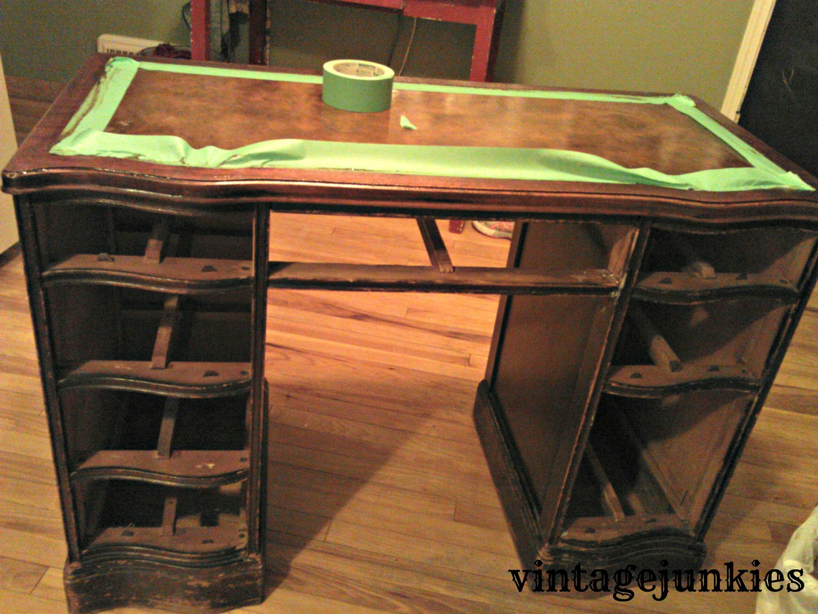 Charmant Leather Top Desk